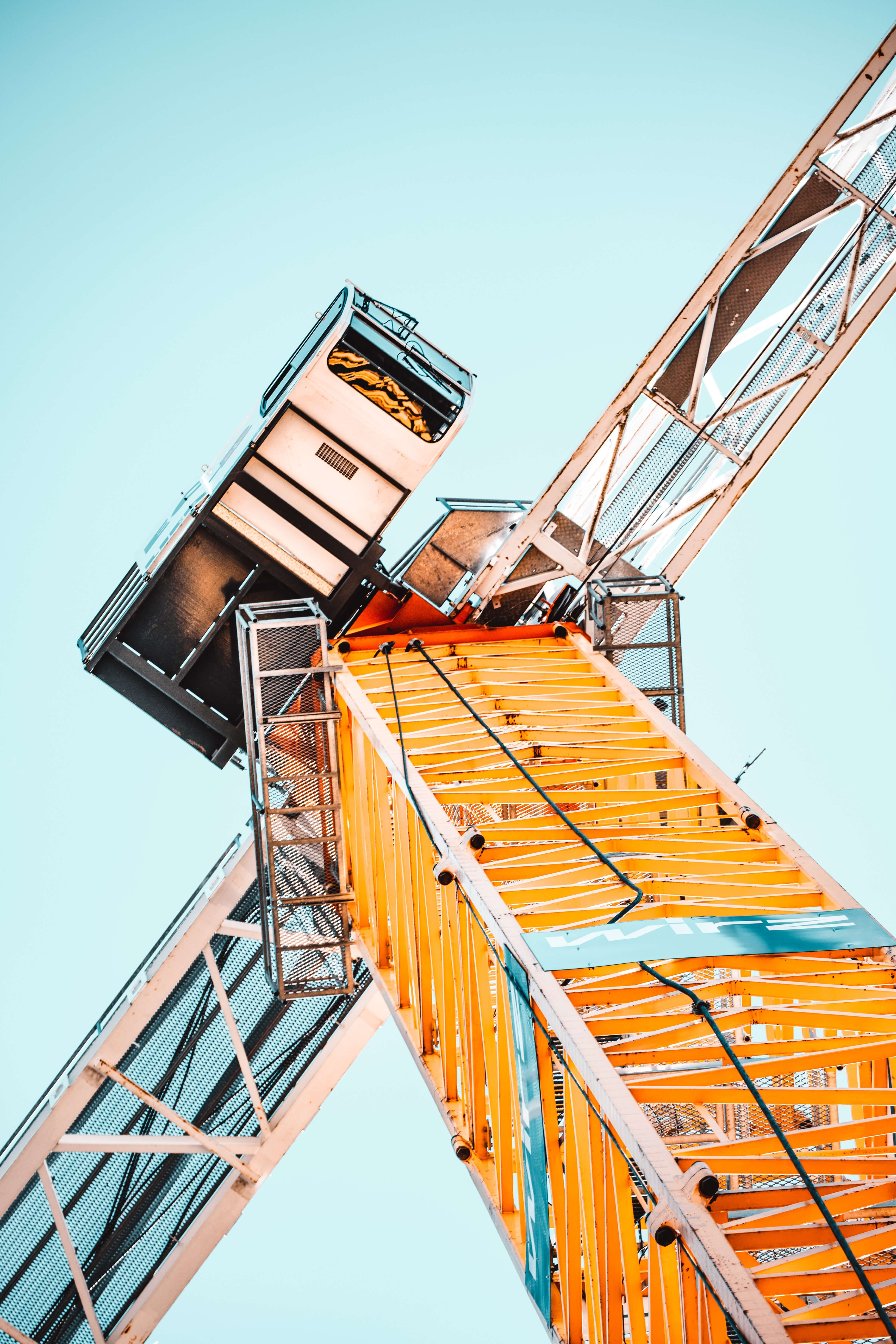low-angle-photography-of-tower-crane-2068478 1